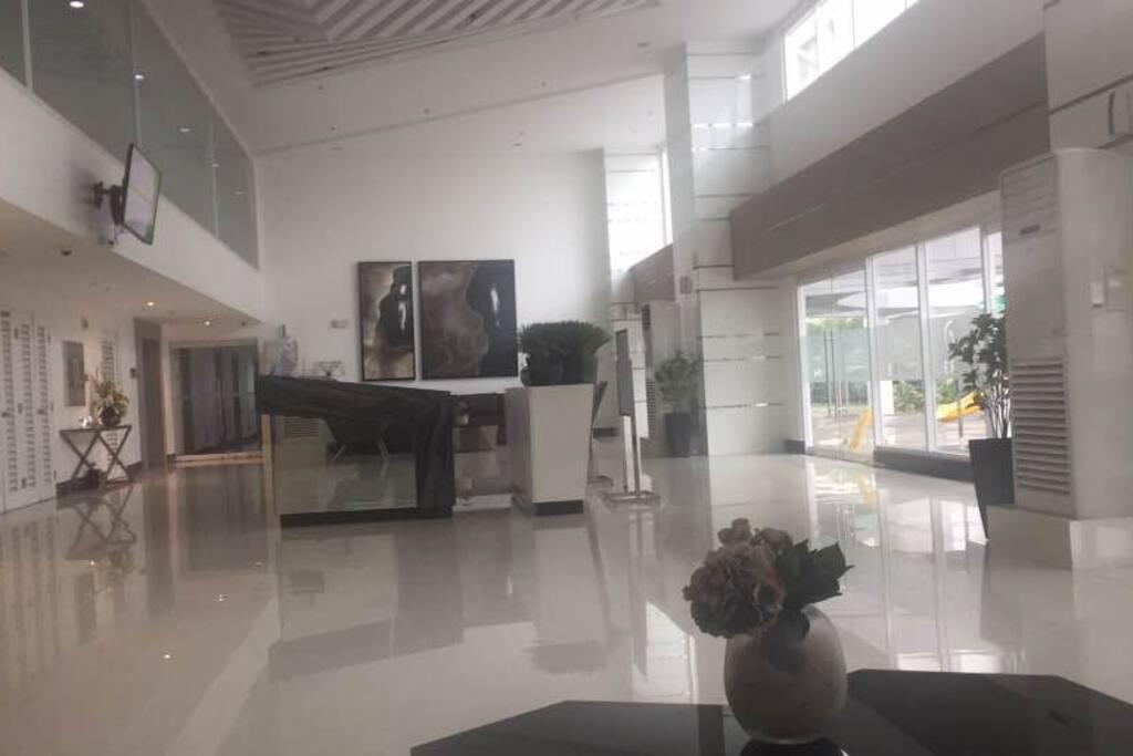 Building lobby with wifi
