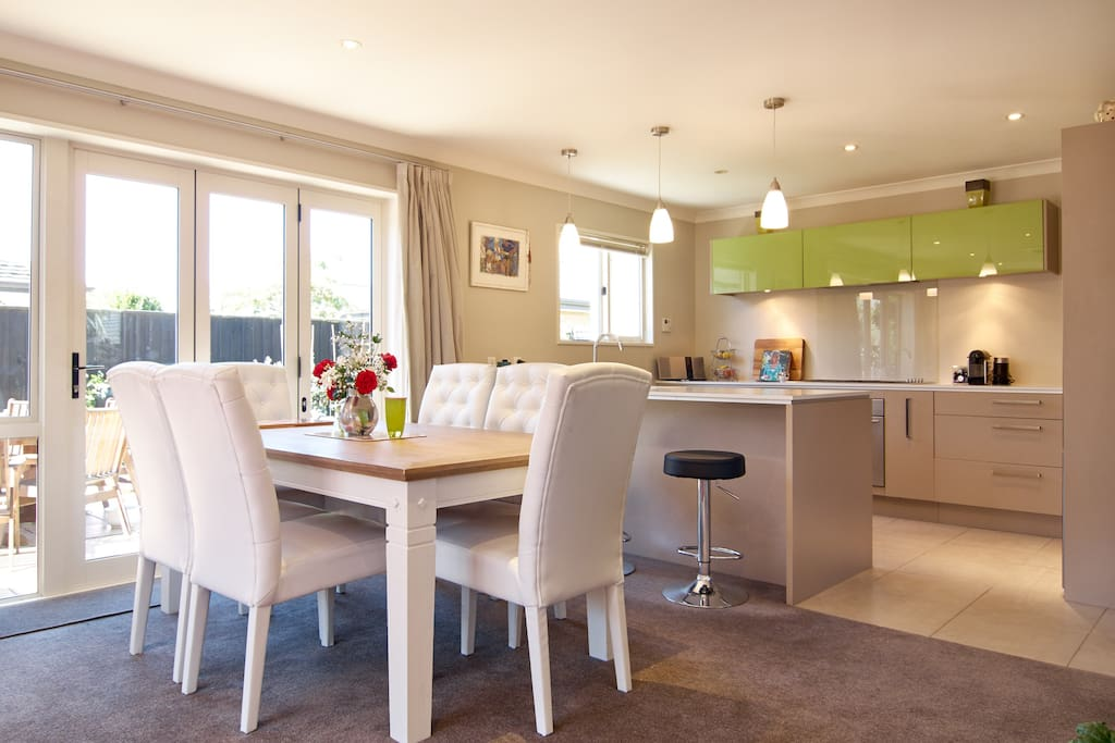 Bright sparking kitchen and dining room