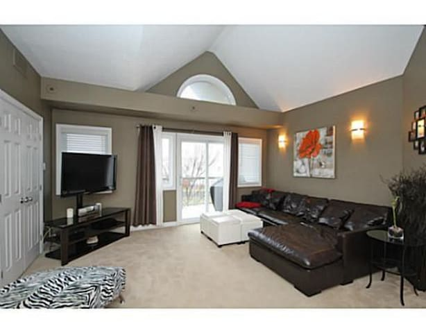 Bright spacious condo with cozy bedroom!