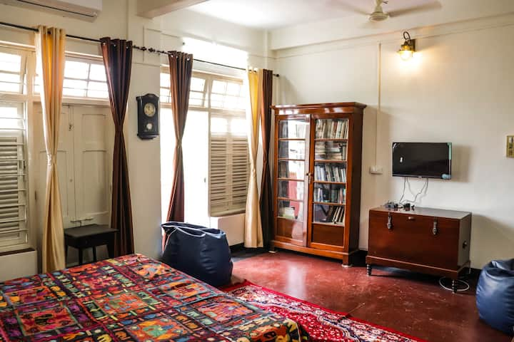 Entire Apartment at Elgin Road - Central Kolkata