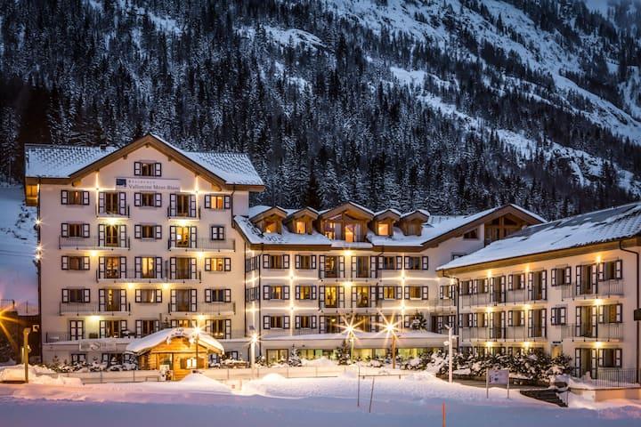 Modern ski flat A31 + pool, sauna & fitness access