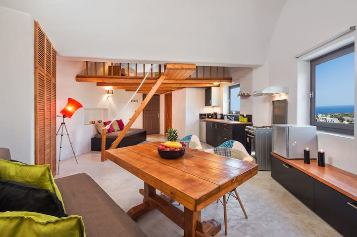 An Elegant Studio for 2-4 persons!