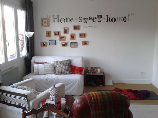 Appartement calme, cosy et lumineux dans village - Tence - Byt