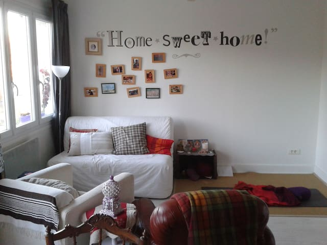 Appartement calme, cosy et lumineux dans village - Tence - Huoneisto