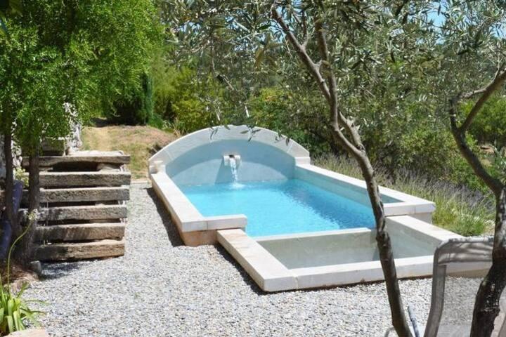 Villa Pierresca au coeur de la Provence