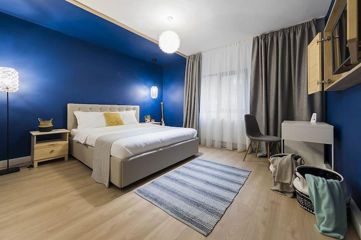 Deep Blue room