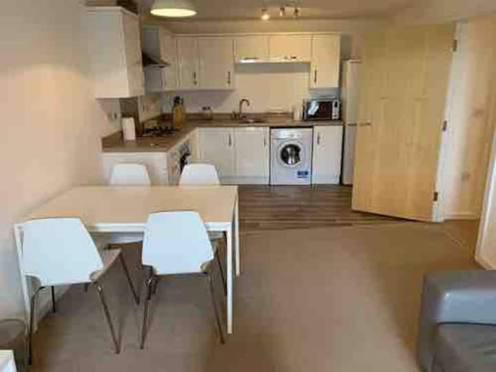 Salford Quays Comfortable Apartment for 4 guests