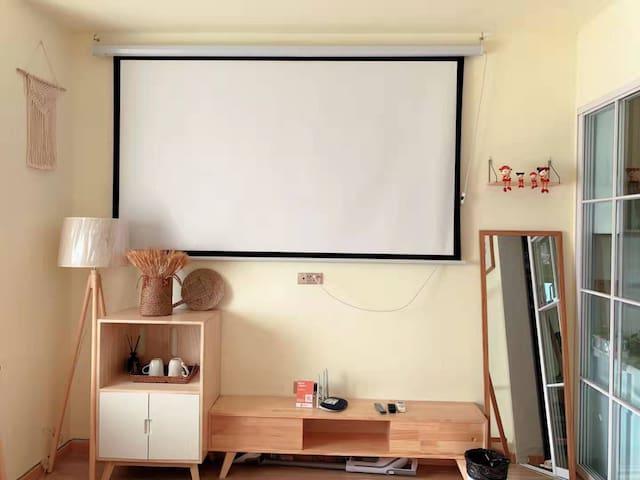 日式清新素雅风格/投影仪/两床/带大露台/可以做饭/近万地广场/市中心