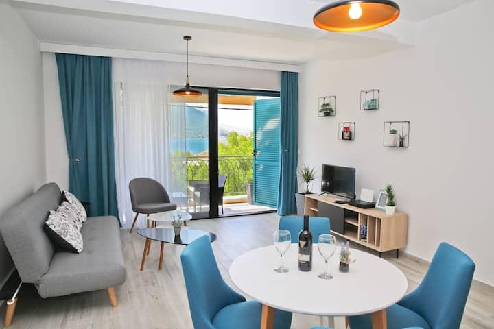 Kotor -Boka Blue -1 Apartment with sea view 1