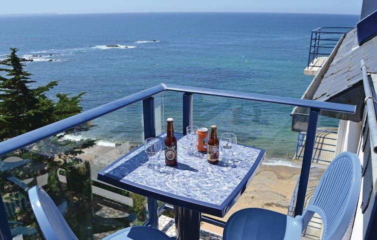 Holiday apartment with 1 bedroom on 38 m² in Le Pouldu
