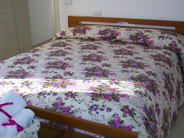 Hospitable Melograno room - Chieti - ที่พักพร้อมอาหารเช้า