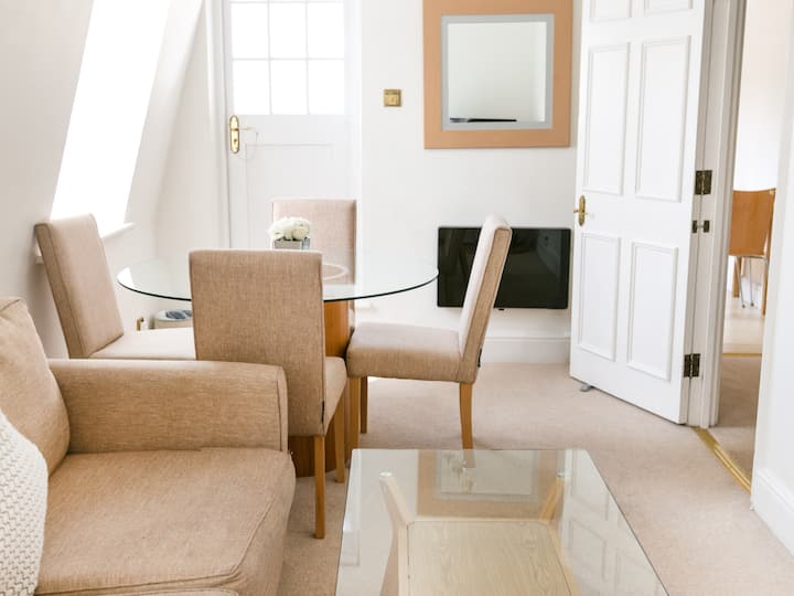Park Lane Apartments - 1 Bedroom Luxury Apartment