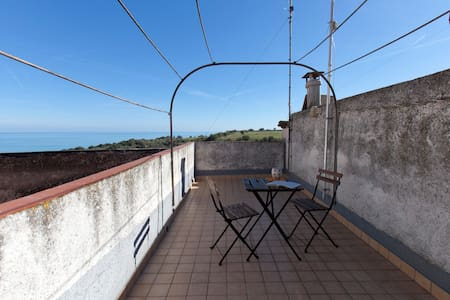 Suite at Casa Ferrari - seaside and natural parks - San Vito Chietino - 獨棟