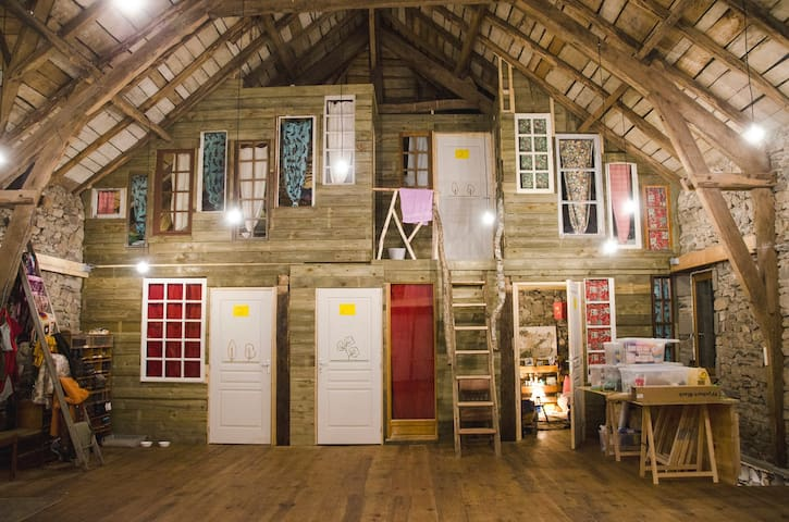 Homade, a home made for art!