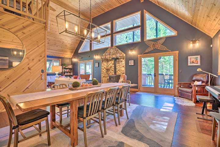 NEW! Modern Alpine Cabin with Hot Tub & Game Room!