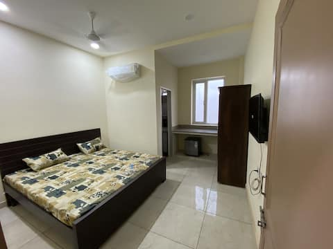 Fully furnished rooms with attached washroom