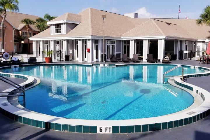 Beautiful Executive Home near Disney
