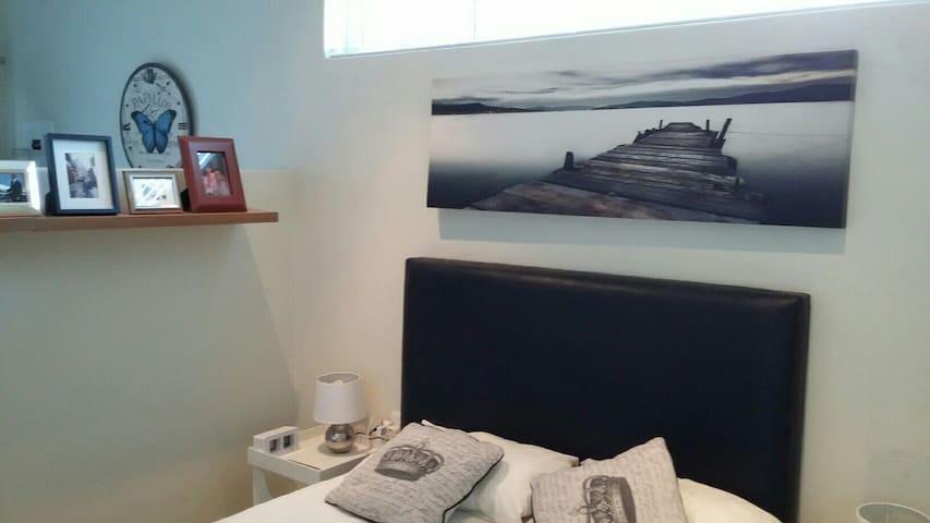 Wonderful Mondern Cottage Parkhurst - Randburg - Appartement
