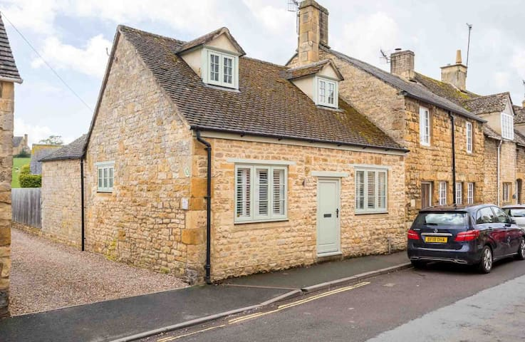 Brook Cottage, Chipping Campden
