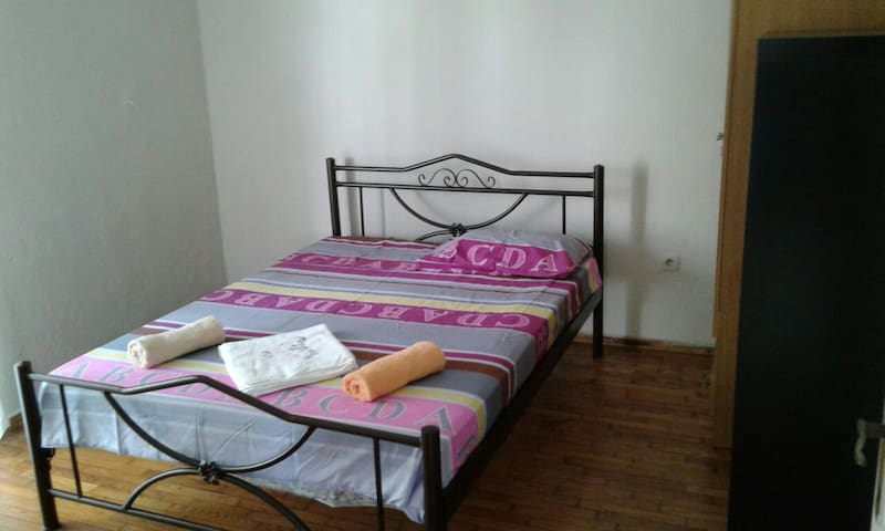 Comfortable house 2bd with parking. - Περαία