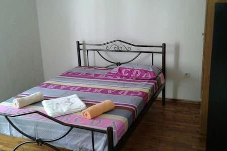 Comfortable house 2bd with parking. - Περαία - Huoneisto