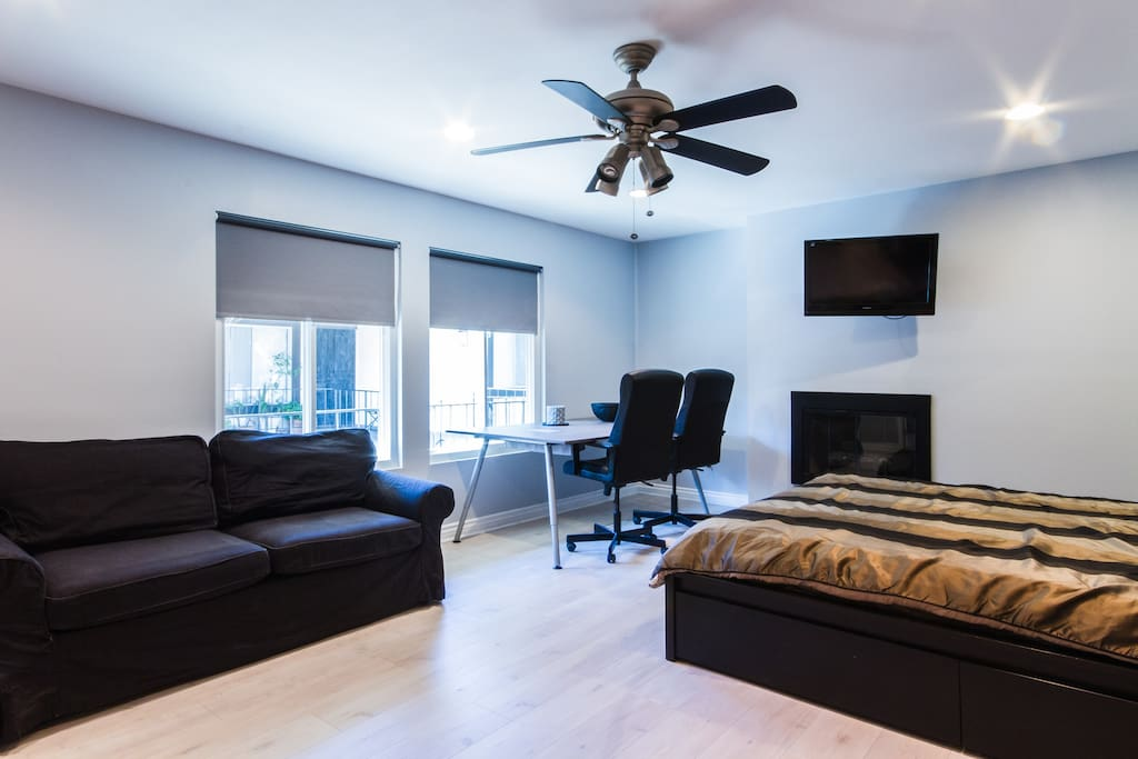 Brand new comfortable modern unit with fireplace for 3 piani della casa della camera da letto di storia 5