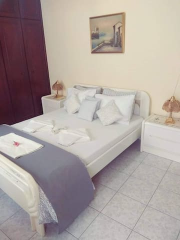 Cozy double room in the center of Chalkida