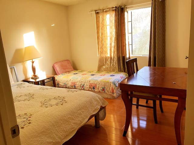 Cozy room in Monterey Park蒙特利公园 II - Monterey Park - Wohnung