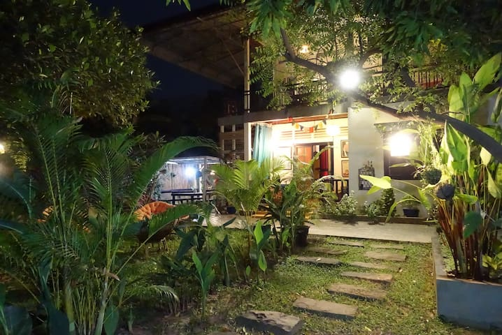 Garden room, experience your home in Cambodia - Krong Siem Reap - บ้าน