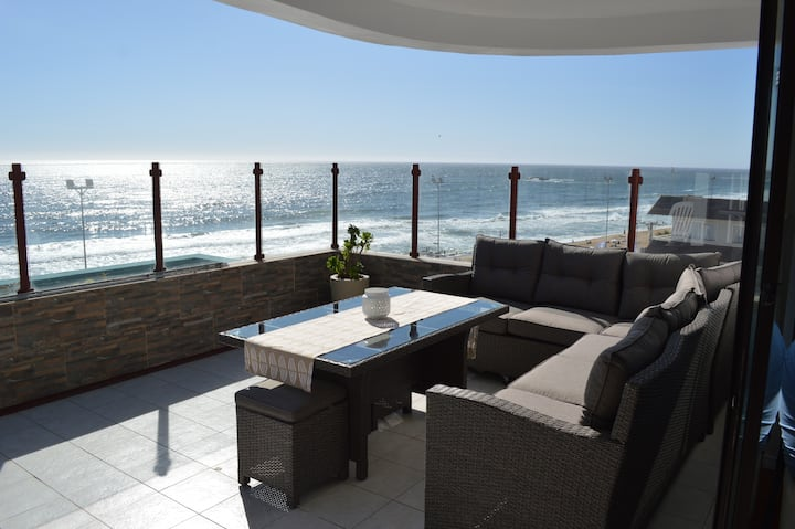 Large Reñaca Beach Apt: StunningViews+WIFI+Parking