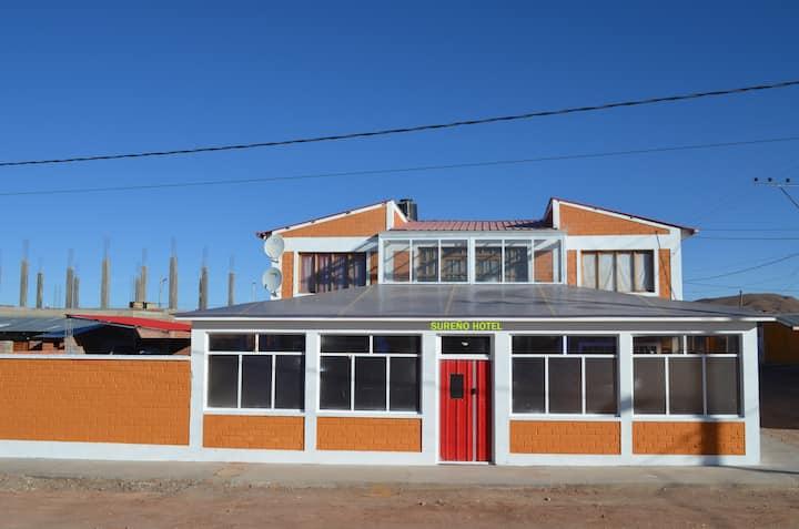Casa Hotel Sureño en San Cristóbal Bolivia