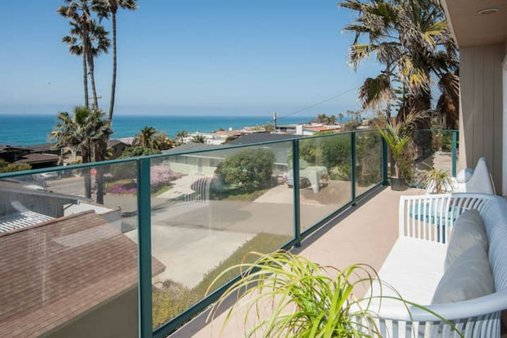 Shared Room in Coliving Space by the Beach