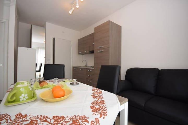 Montessori monolocale zona Ospedale - Padova - Apartment