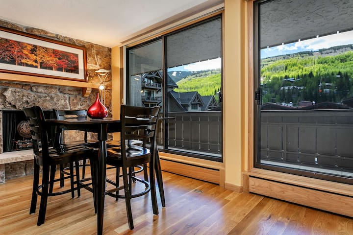 No Car Needed! On Free Town of Vail Bus Route, Walk to Vail Village & Lionshead Vail Mtn Views!