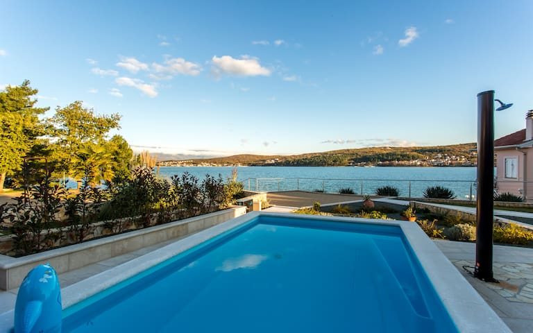 Seafront Villa Ema with Seaview, pool, garage, BBQ
