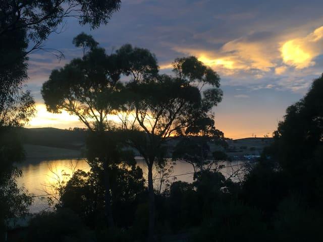 Da Shak: serenity  overlooking Spring Bay