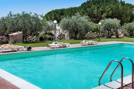 Peaceful villa with private pool, garden, WiFi - Santa Margherita di Belice - Villa