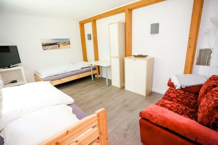 Nordheider-Ferienhaus 10 Pers.
