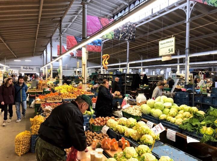 Holešovice food market!