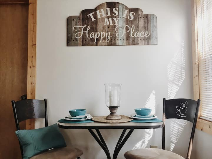 Find your Happy Place at our Country Cottage!!