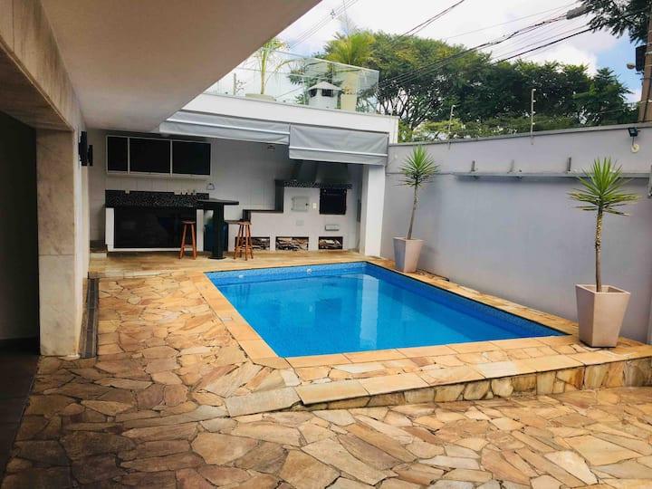 Ótima Suíte privativa Jd Chapadão-Espcex - Castelo