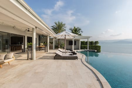 Samui's Most Luxurious Private Beach Villa
