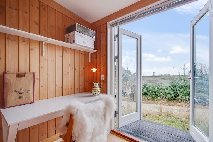 Holiday home with panoramic view - Knebel - Chatka