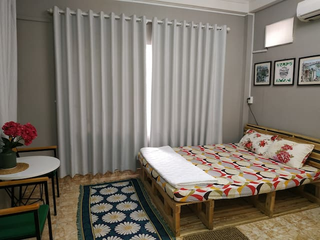 Spacious room and comfortable with king bed and one one floor matress bonus
