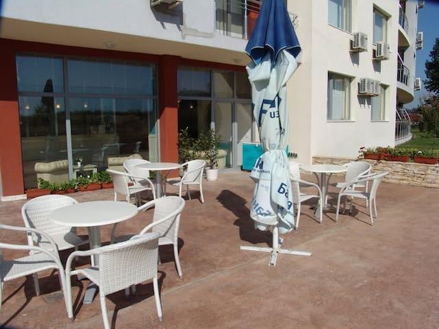 Аренда апартаментов в Болгарии - Sunny Beach - Hus