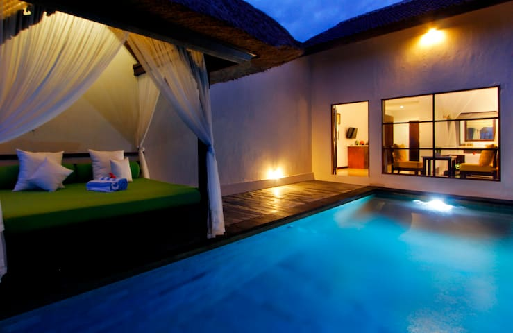 AMAZING ONE BEDROOM PRIVATE POOL AT UBUD