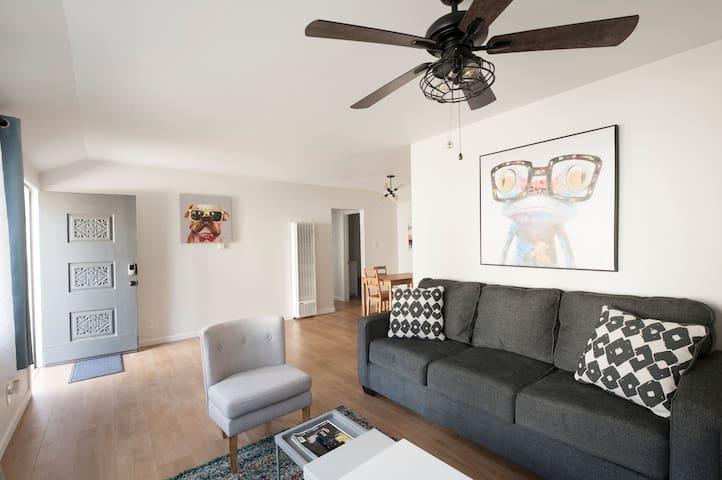 Cozy 2 bed house in trendy Pasadena w/  new AC