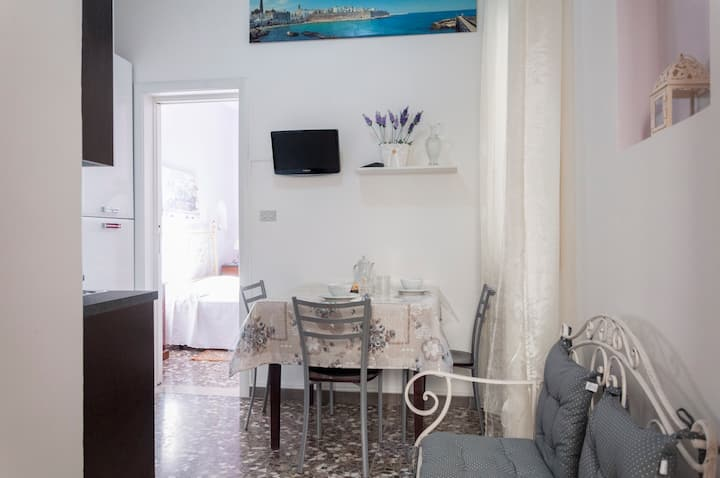Apartment in Monopoli for 2 People near beaches