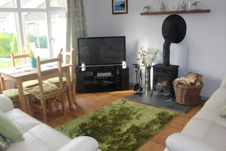 Spacious 2 Bedroom Property in Port Isaac Village - Port Isaac - 独立屋