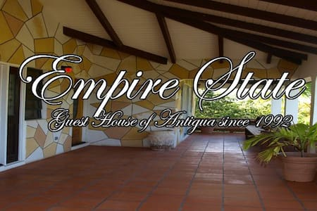 Empire State- Antigua Guesthouse - Falmouth - Hus
